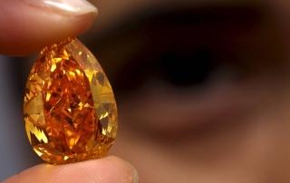 Крупнейший в мире оранжевый бриллиант продан на Christie's за $35,5 млн.