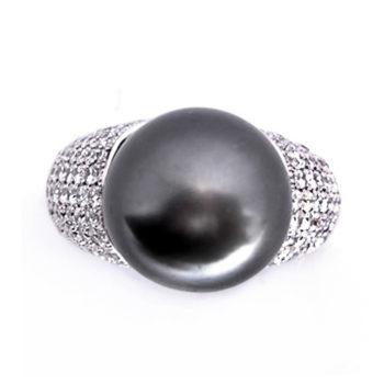Кольцо женское с черным жемчугом и бриллиантами